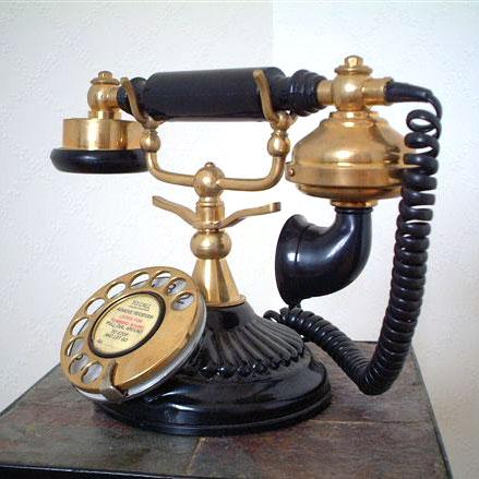 英国製 アンティーク電話機 ブラック 横型 ウェーブ 02